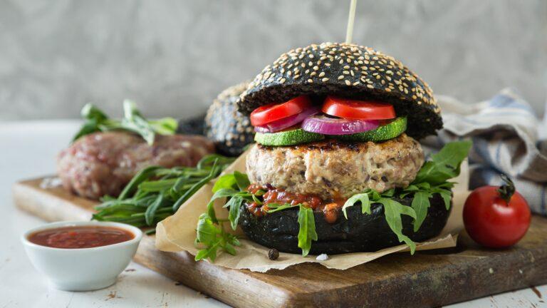 お肉を植物性食品に置き換えよう!ストレスなく痩せられるプラントベースレシピ9選