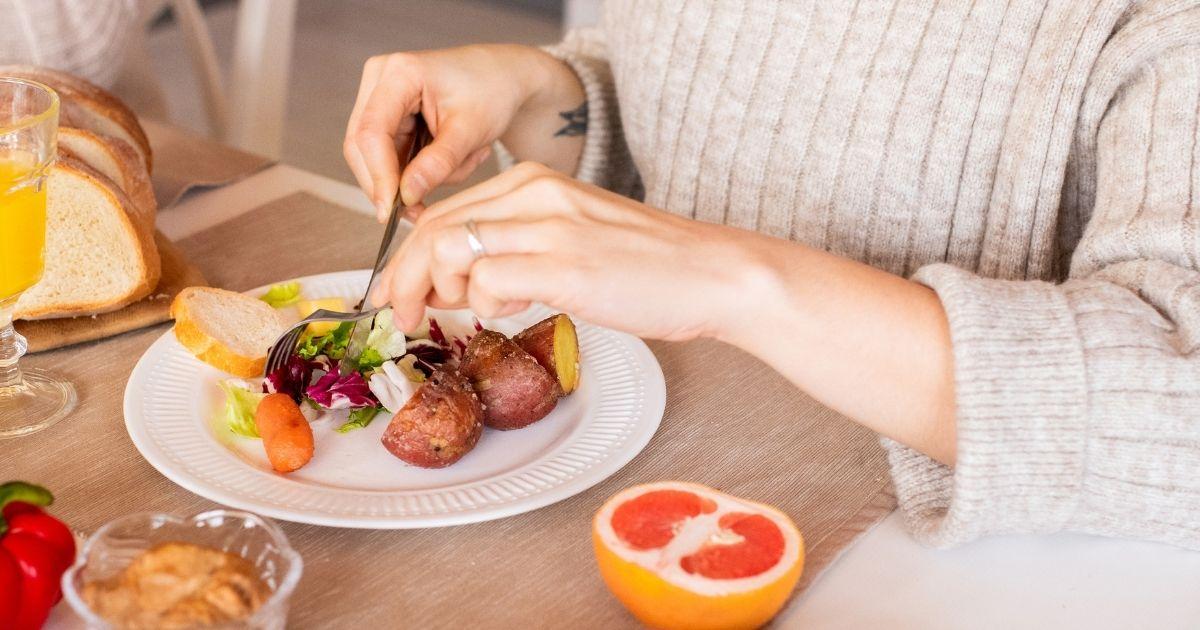 太らない食事方法、マインドフルイーティングとは?